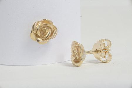 Bild Ohrstecker Rose | Heel Verlag